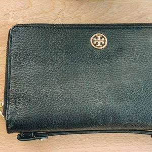 Authentic Tory Burch XL Organizer Wallet